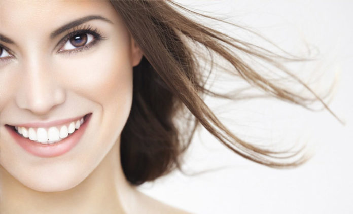 How-to-brighten-your-teeth-with-natural-remedies