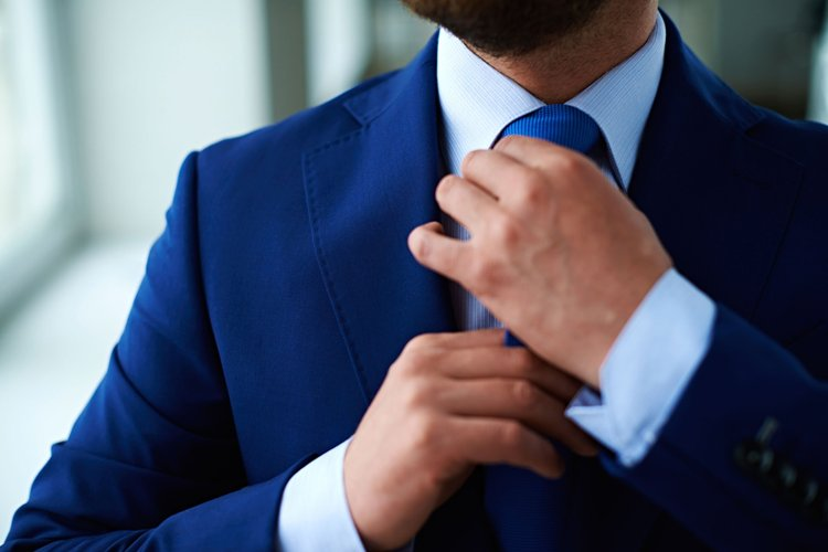 10 Ways To Beat Monday Blues Get dressed Upwell