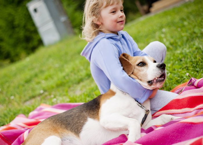 5-Fun-Ways-To-Teach-Your-Child-About-Responsibility-Adopting-a-pet